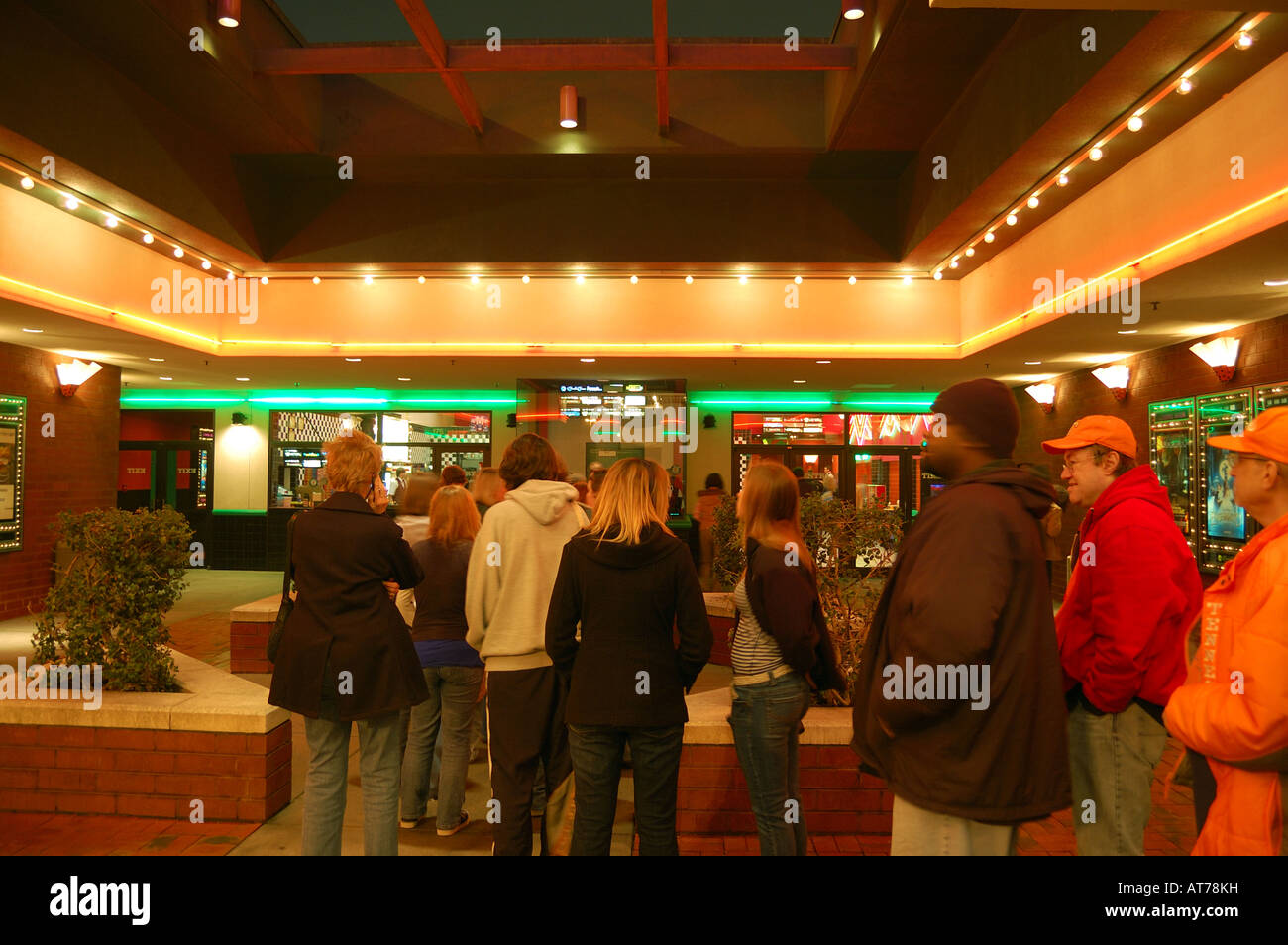 Theater Ticket Line High Resolution Stock Photography And Images Alamy