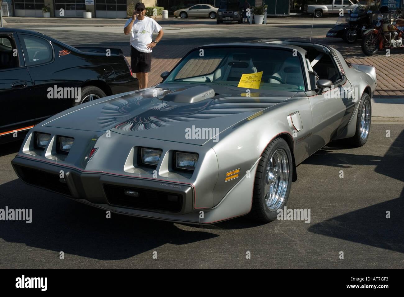 Vintage Car Paint  Pontiac