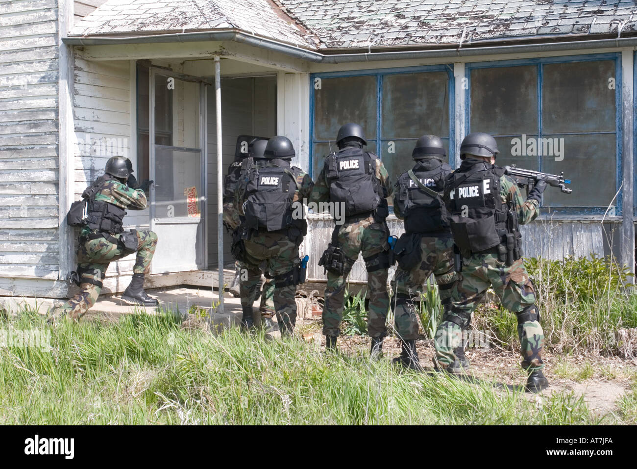 Swat Teams Training In Rural Nebraska Stock Photo 5297913 Alamy
