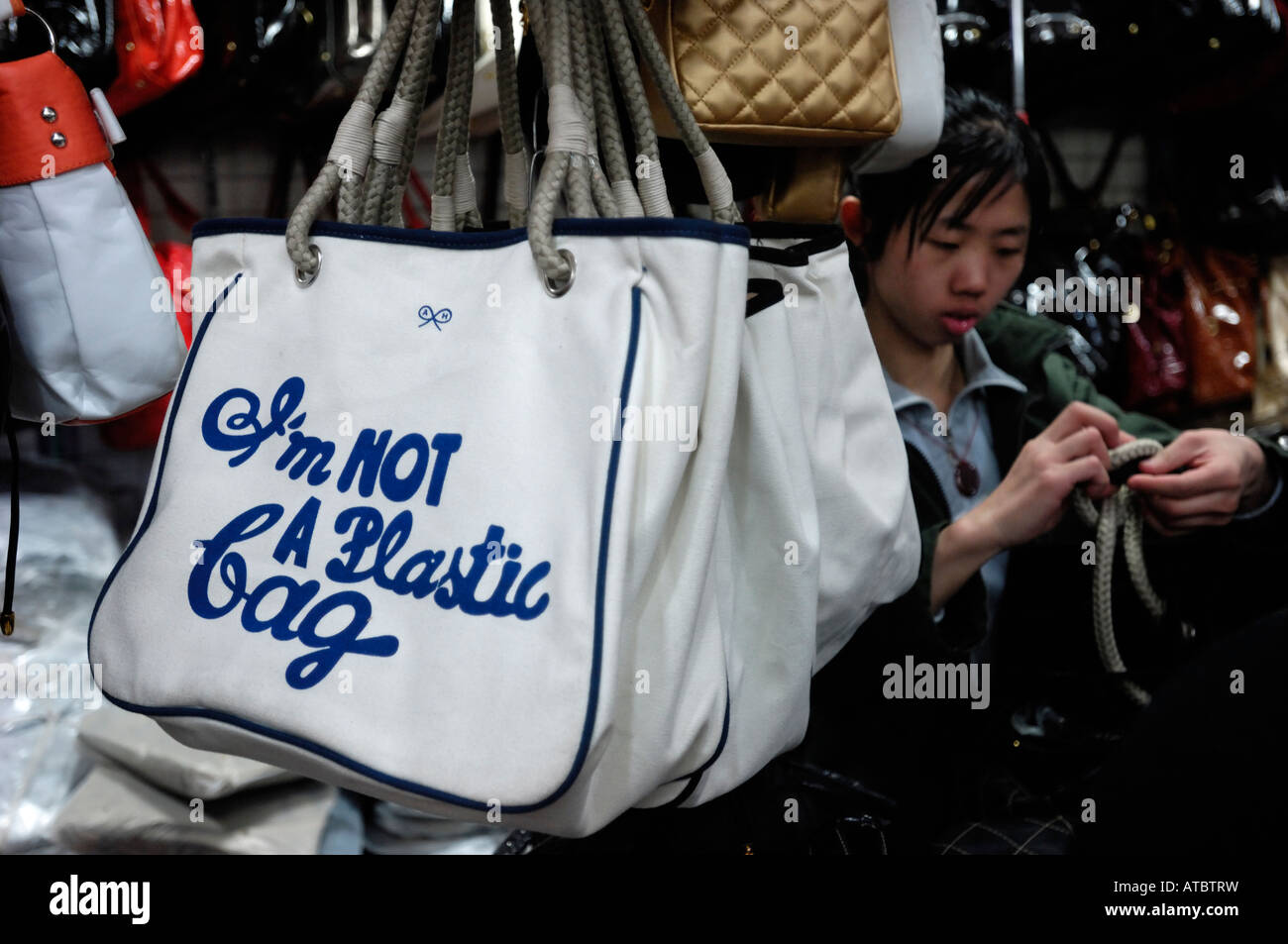 5f4752885c2af0 Fake 'I am not a plastic bag' selling in Beijing, China. 26