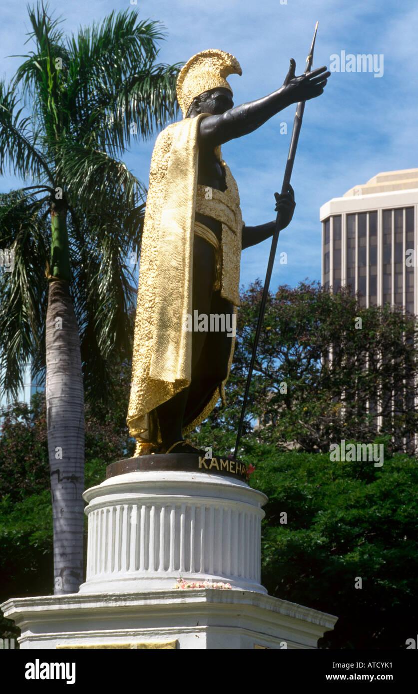 Statue of King Kamehameha I outside the Iolani Palace, Honolulu, Oahu, Hawaii, USA - Stock Image
