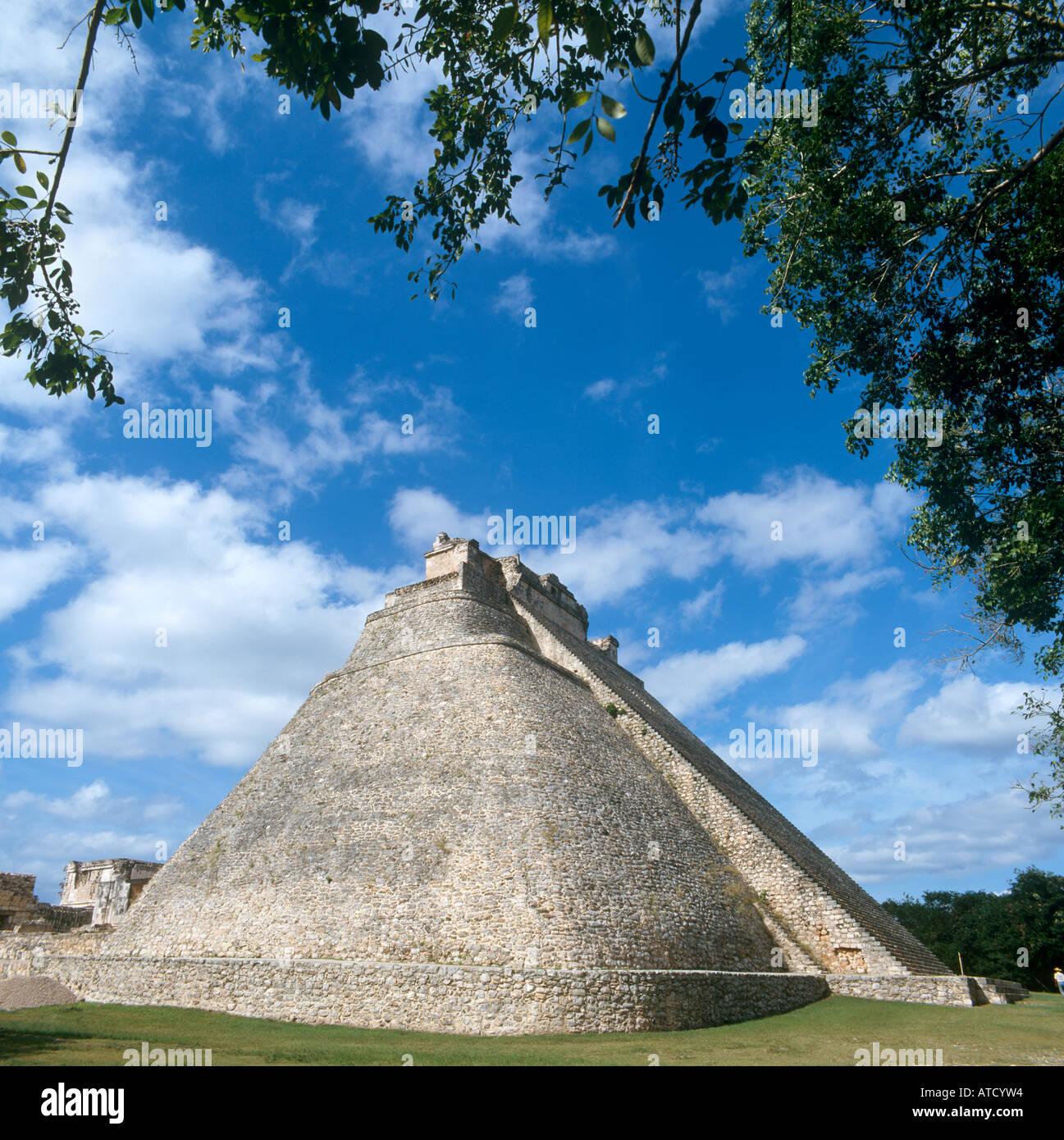 Pyramid of the Magician at the Mayan Ruins of Uxmal, Yucatan Peninsula, Mexico - Stock Image