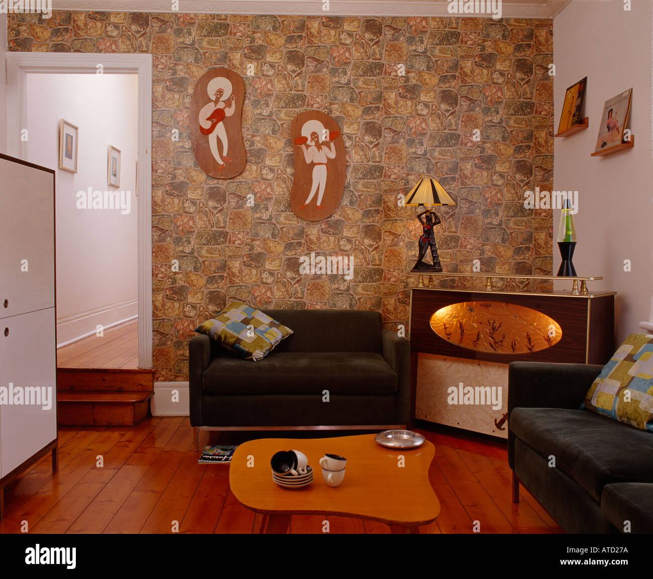 Retro Chic. Chippendale House, Australia. Living Room. - Stock Image