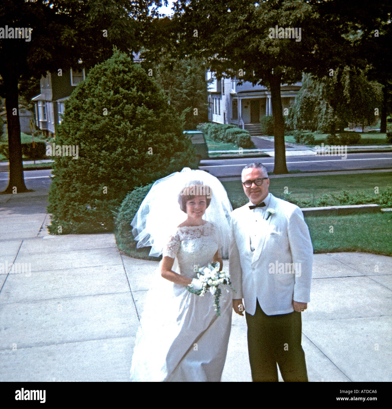 Vintage Wedding Dresses Usa: Thin Man And Fat Woman Stock Photos & Thin Man And Fat