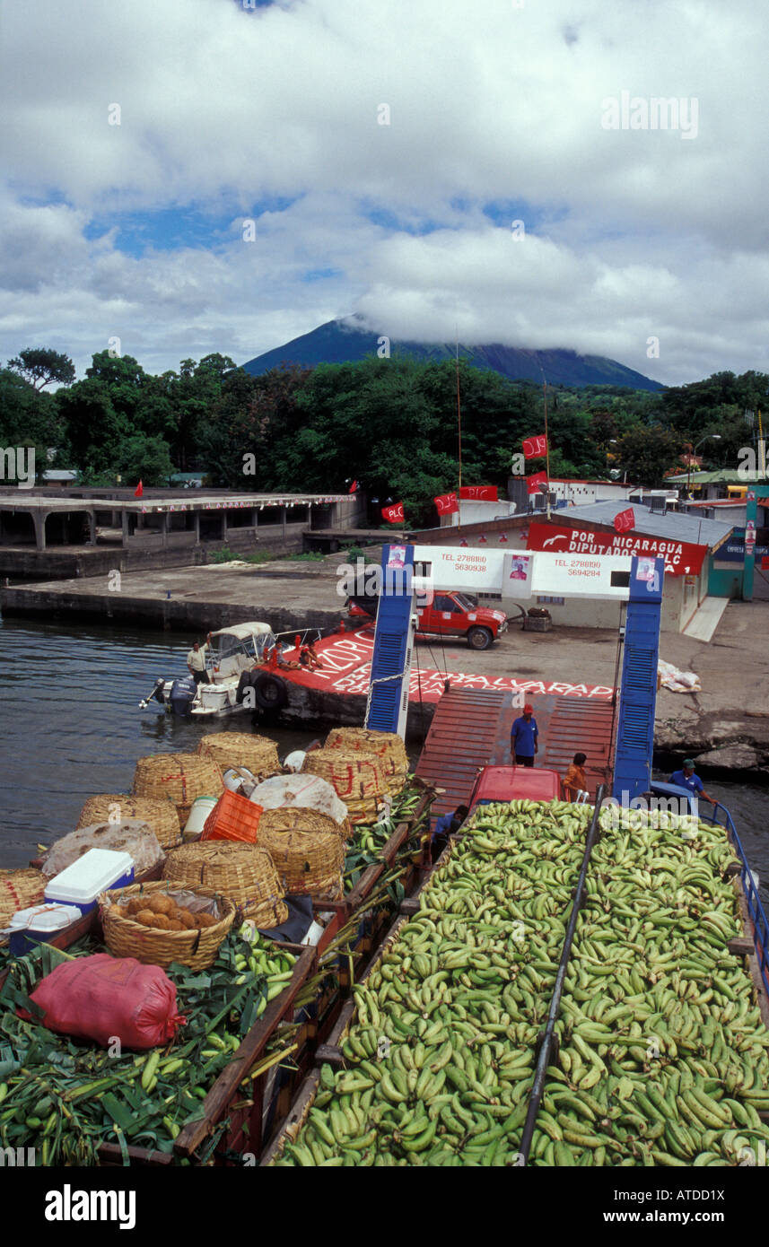 Ferry loaded with plantains, bananas, corn and other crops at the dock in Moyogalpa, Isla de Ometepe or Ometepe Stock Photo