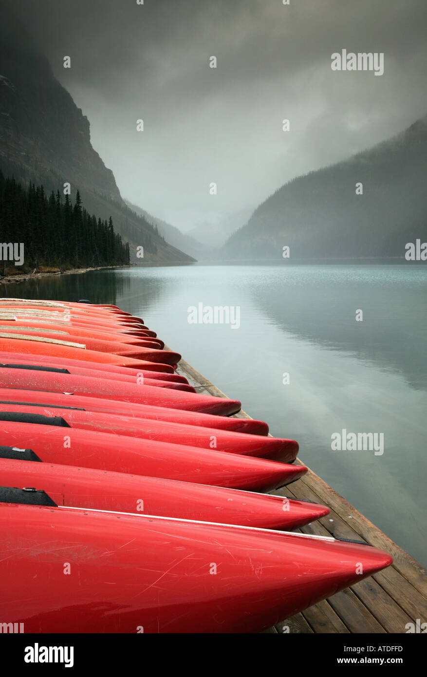 Lake Louise, Banff National Park, Alberta, Canada - Stock Image