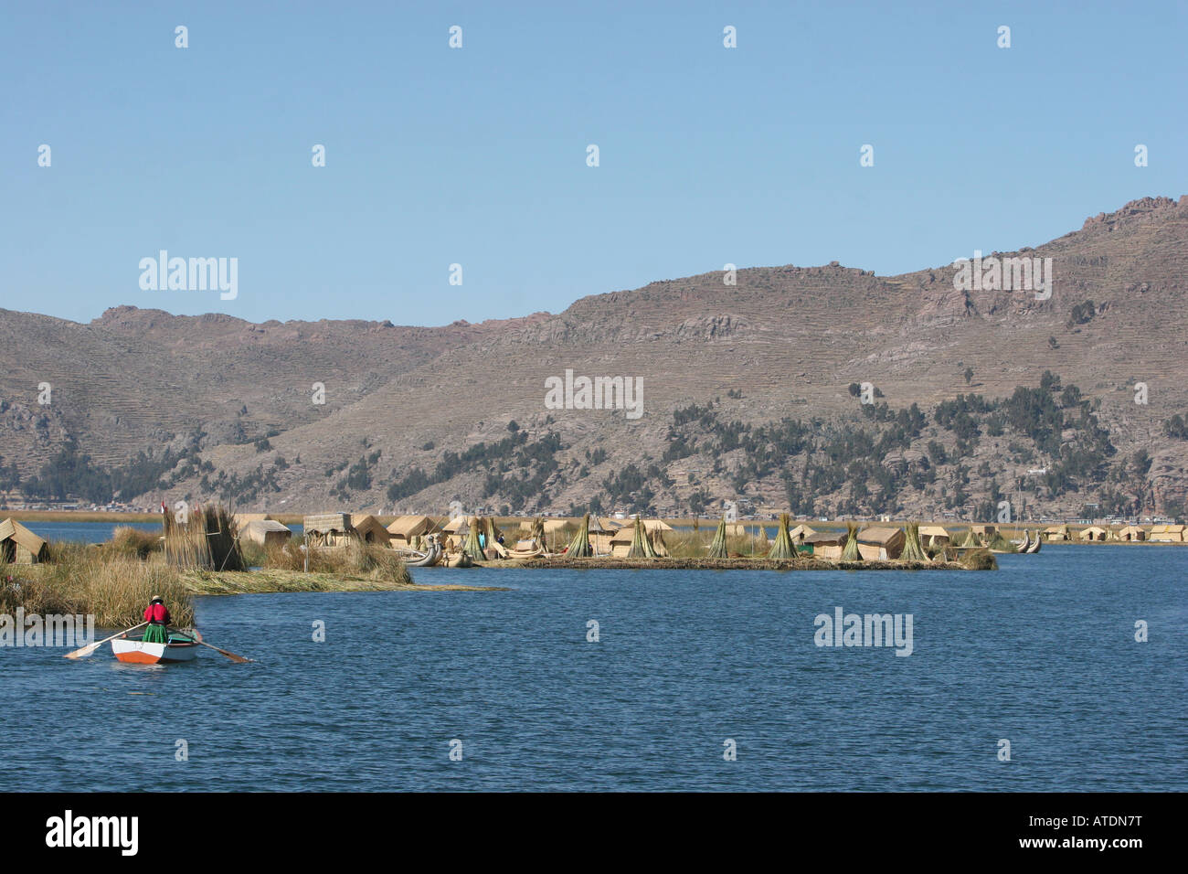 The floating islands of the Uros on Lake Titicaca Peru - Stock Image