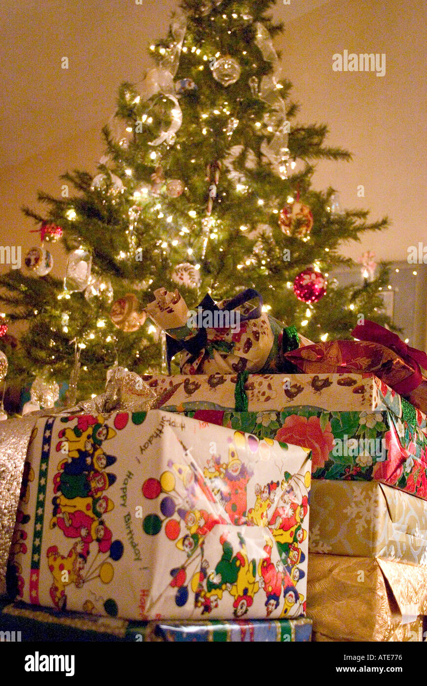 Wrapped Presents Around Christmas Tree Stock Photos & Wrapped ...