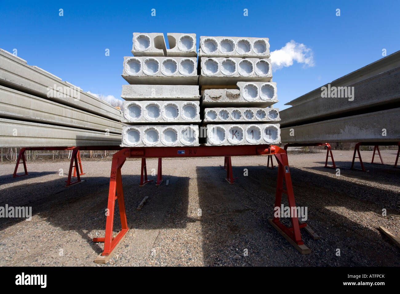 Inventory of faulty and cracked prefabricated hollow core concrete construction elements - Stock Image