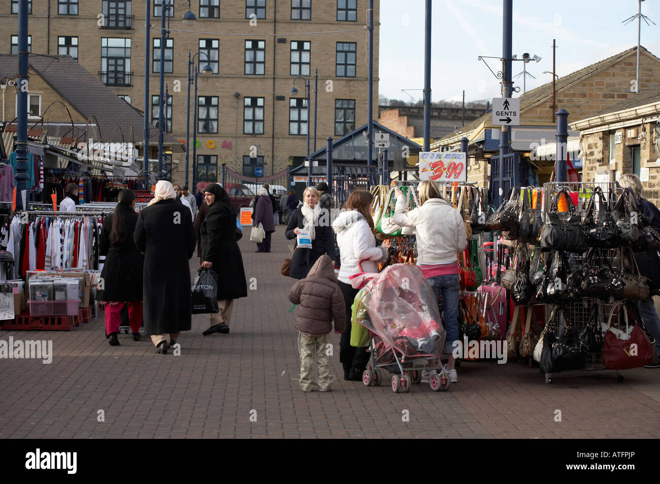 SHOPPERS IN DEWSBURY MARKET - Stock Image