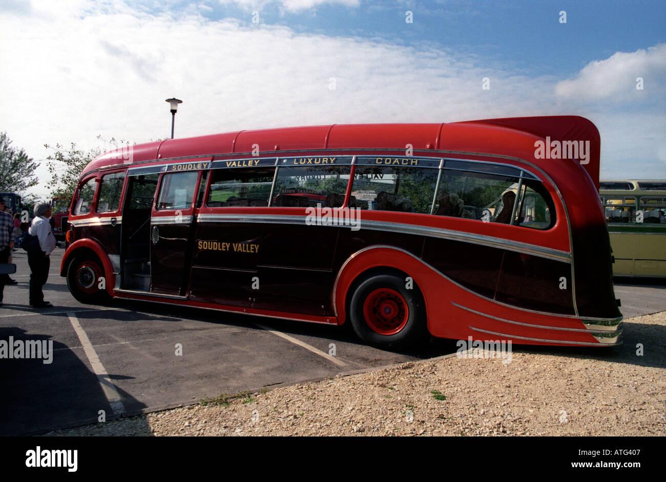 Vintage Buses Coaches Stock Photos & Vintage Buses Coaches Stock