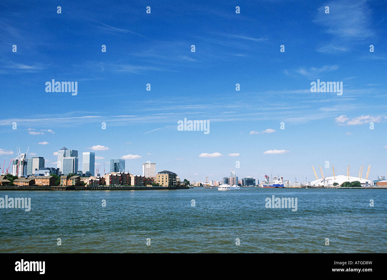 Isle of dogs and millennium dome Stock Photo