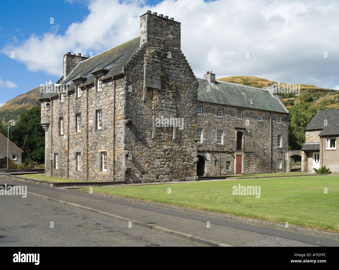 Awesome Dh Menstrie Castle MENSTRIE CLACKMANNAN 16th Century L Plan Tower House    Stock Image