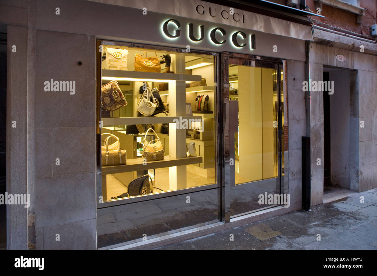 sports shoes b7ba9 93c35 Gucci Italy Online Shopping | Mount Mercy University
