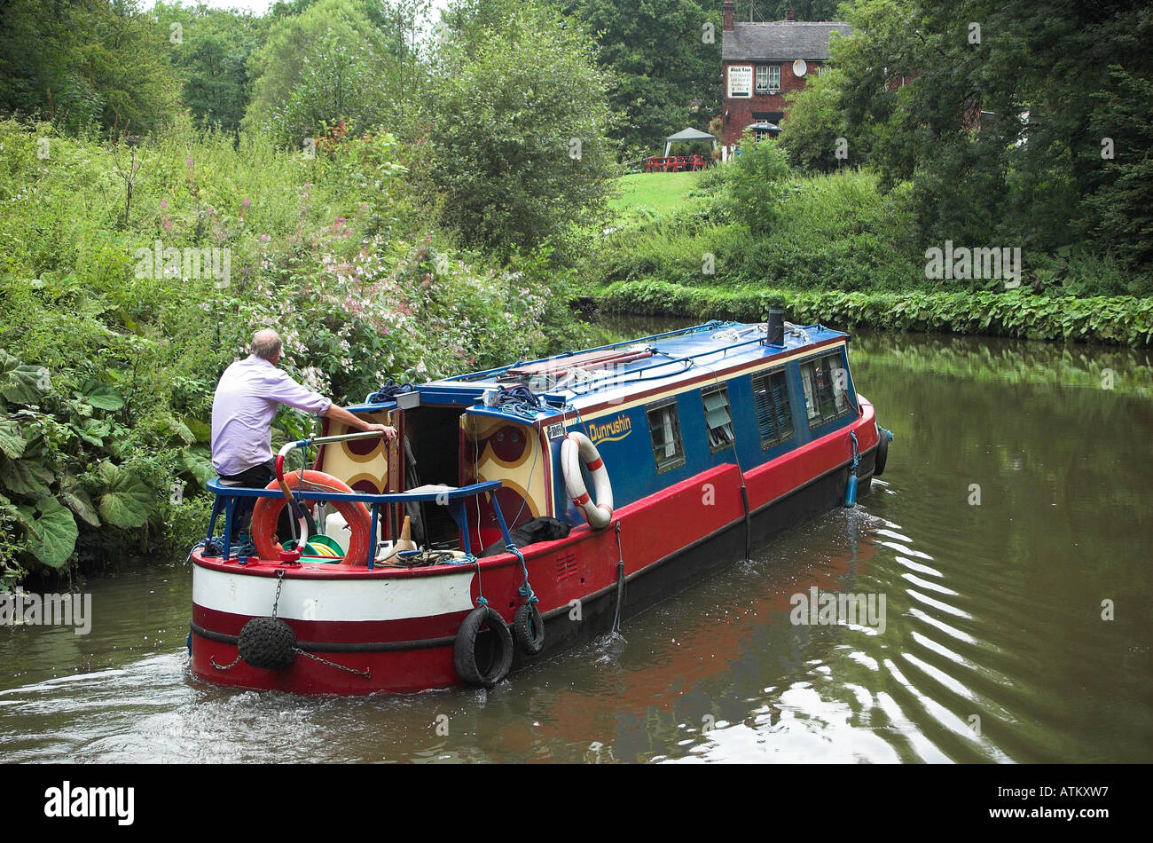 Narrow boat on the Caldon canal at Consall, Staffordshire, England - Stock Image