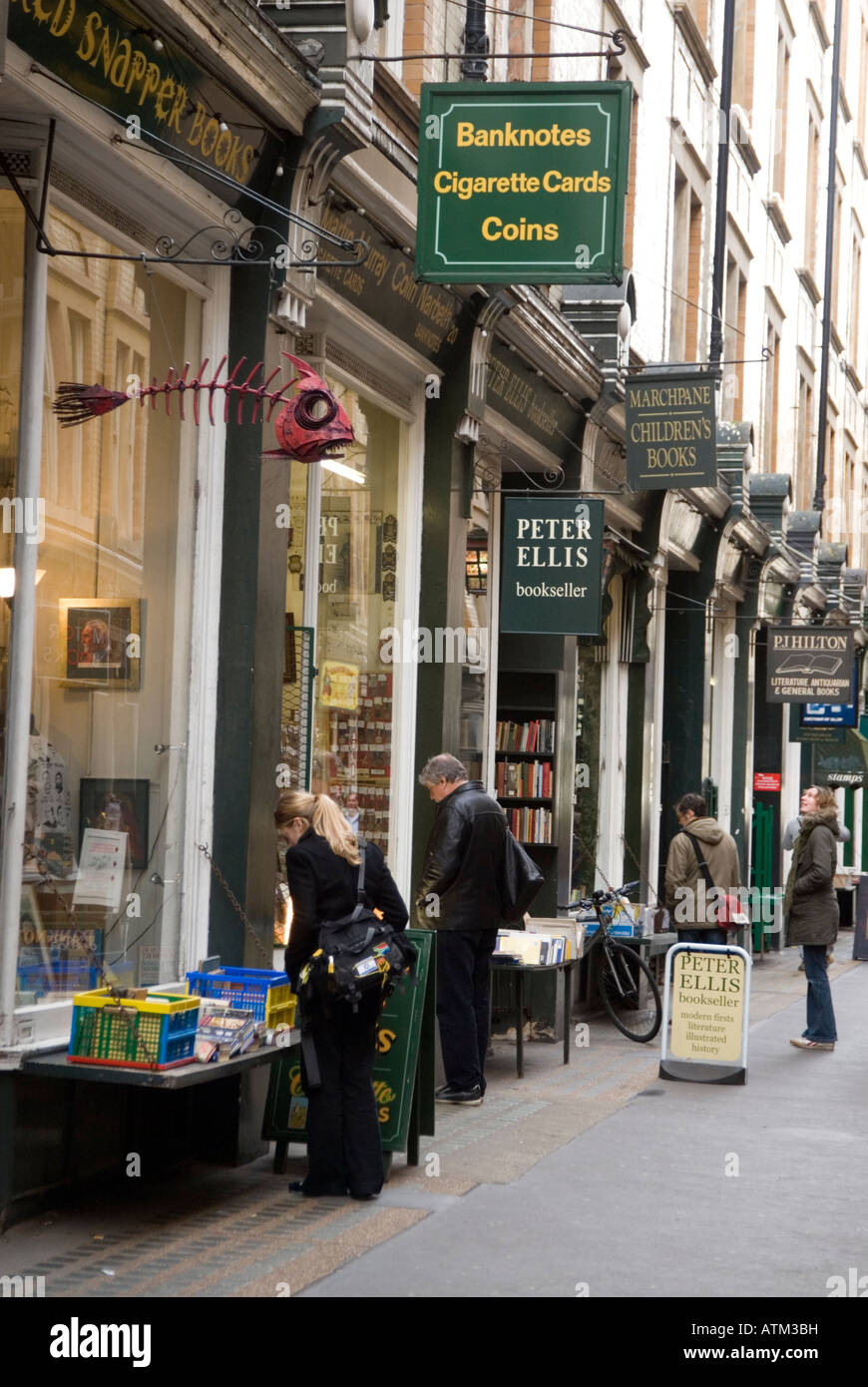 Rare and antiquarian bookshops in Cecil Court London England UK - Stock Image
