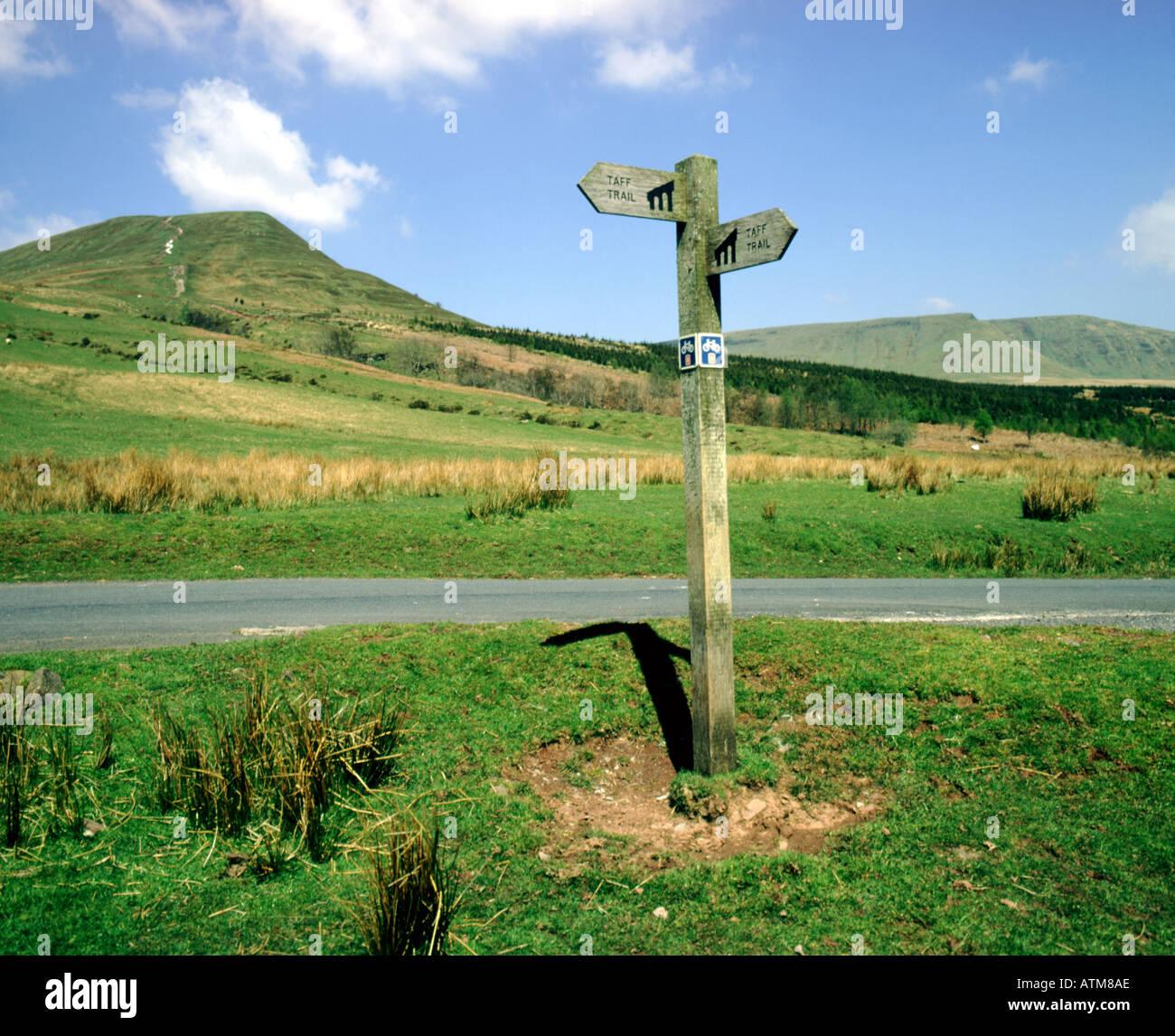 taff trail sign post torpantau brecon beacons national park wales - Stock Image