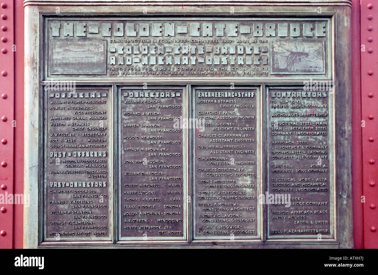Plaque comemorating the construction of the Golden Gate