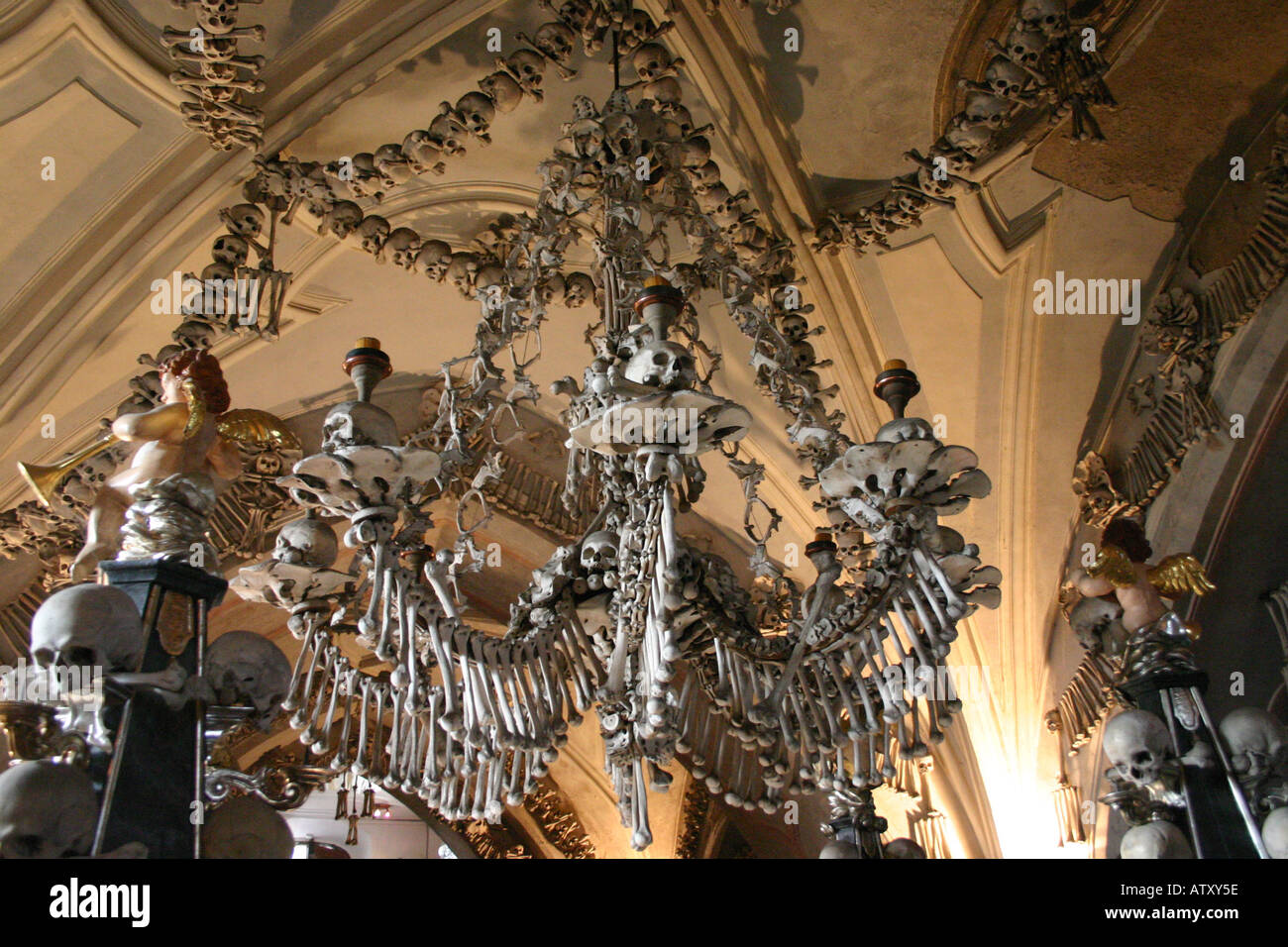 Kutna hora bone chapel chandelier stock photo 5358429 alamy kutna hora bone chapel chandelier aloadofball Image collections