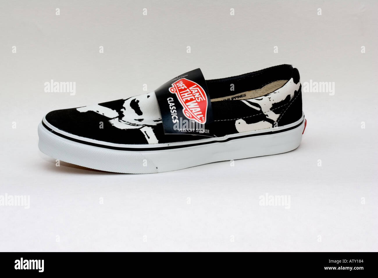 e666066c4e Vans classic slip on surfing shoe Off the wall made in Philippines Big  Skull black and white UK