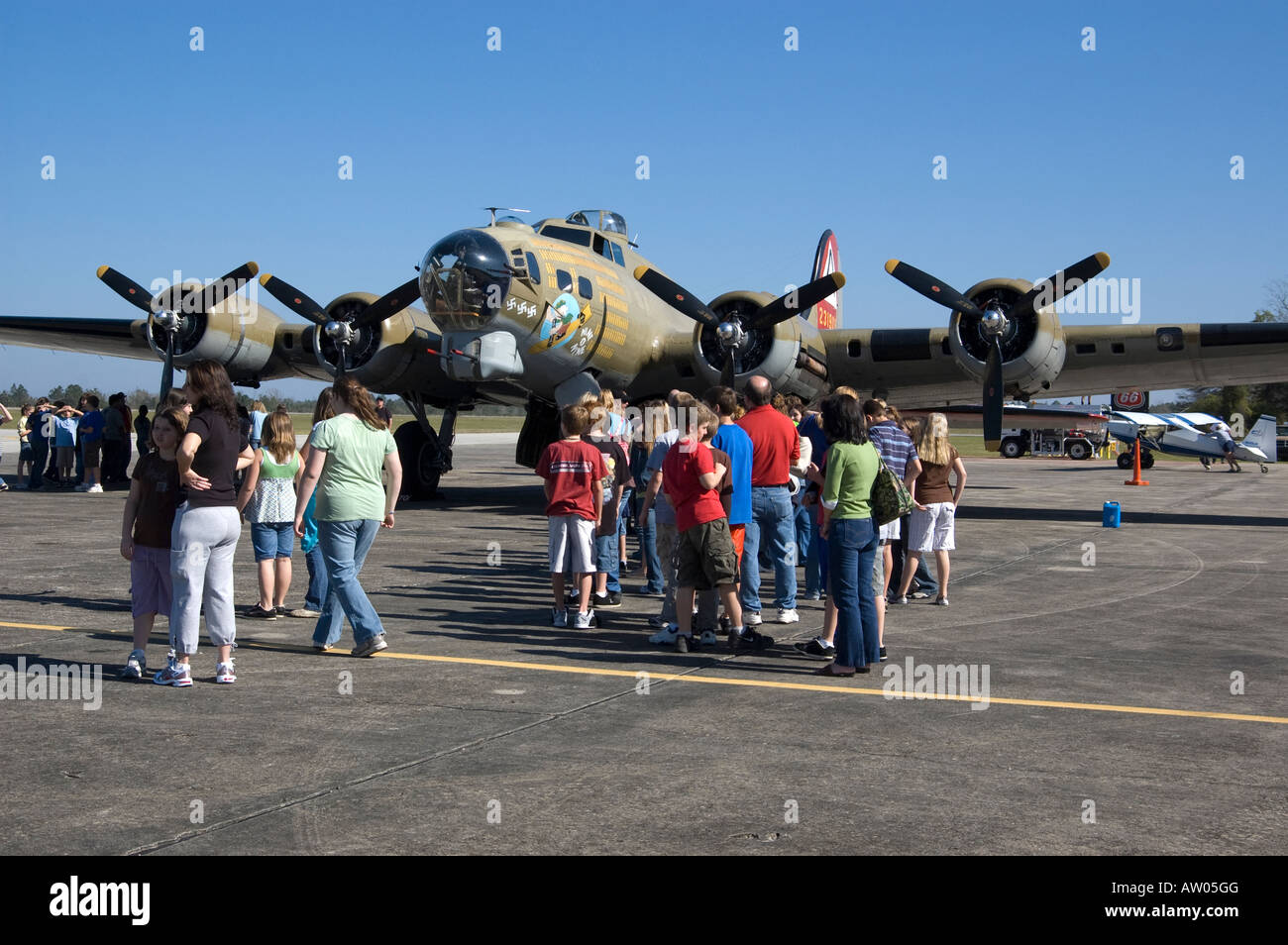 Visitors Wait To Tour Inside World War 2 B17 Bomber At Wings Of Freedom  Tour Keystone Airpark North Florida