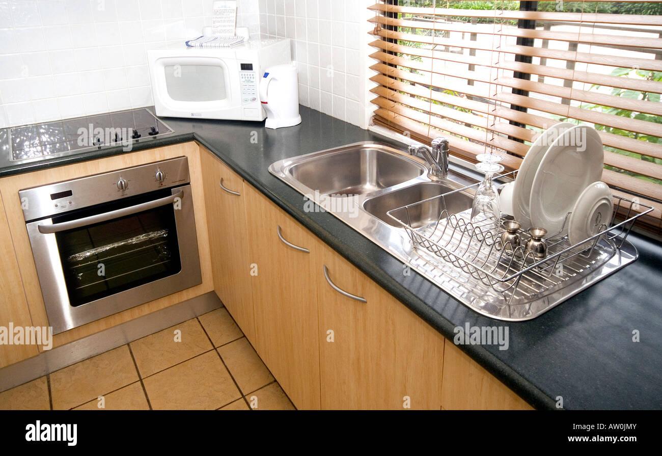 Kitchen Sink Washing Up Setting Stock Photos & Kitchen Sink Washing ...