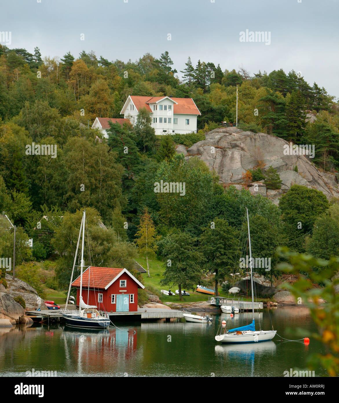 Cottages, Orust Tjorn, Marstrand, Sweden - Stock Image