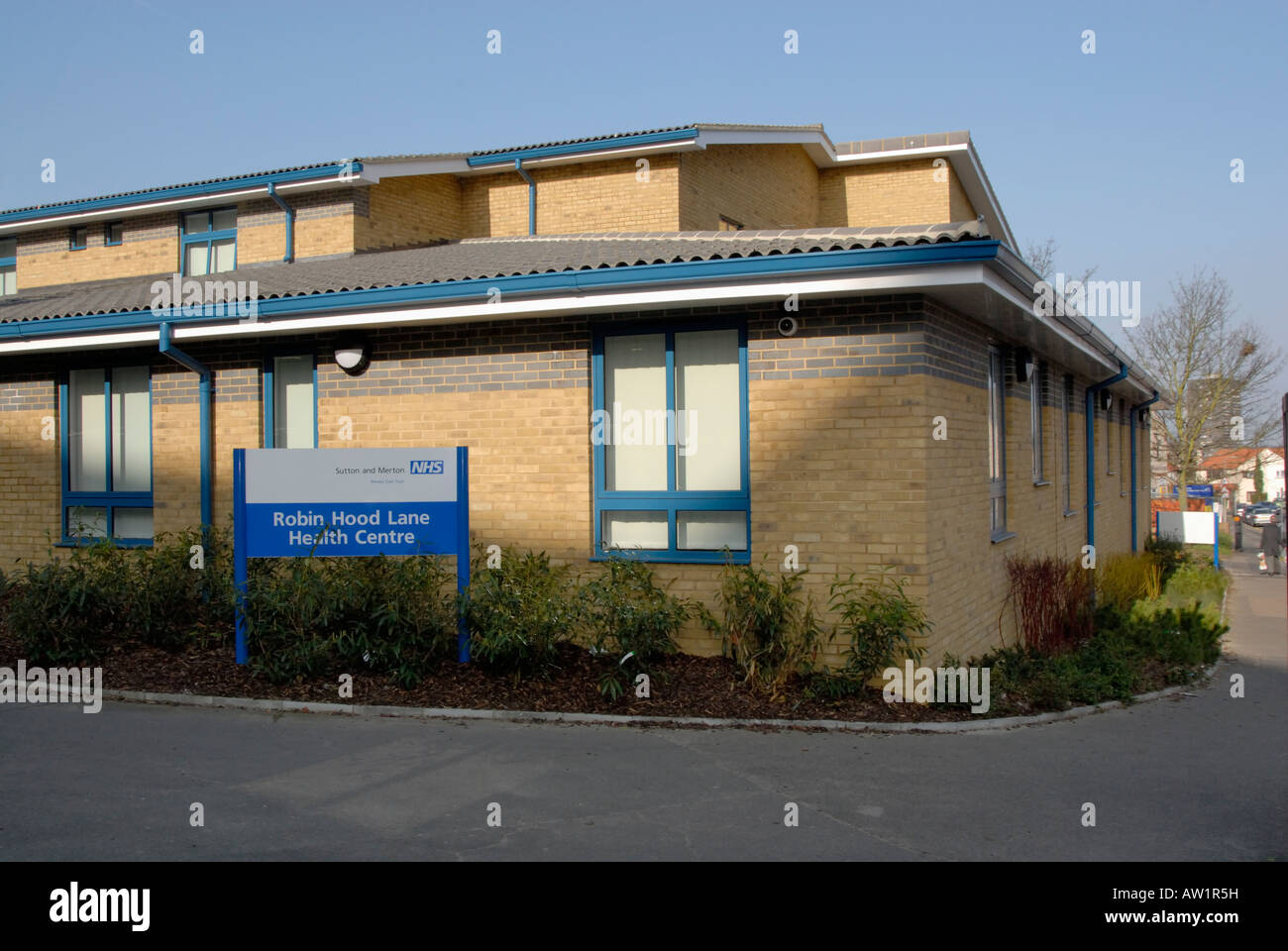 NHS National Health Service health centre in suburban southwest London, England - Stock Image