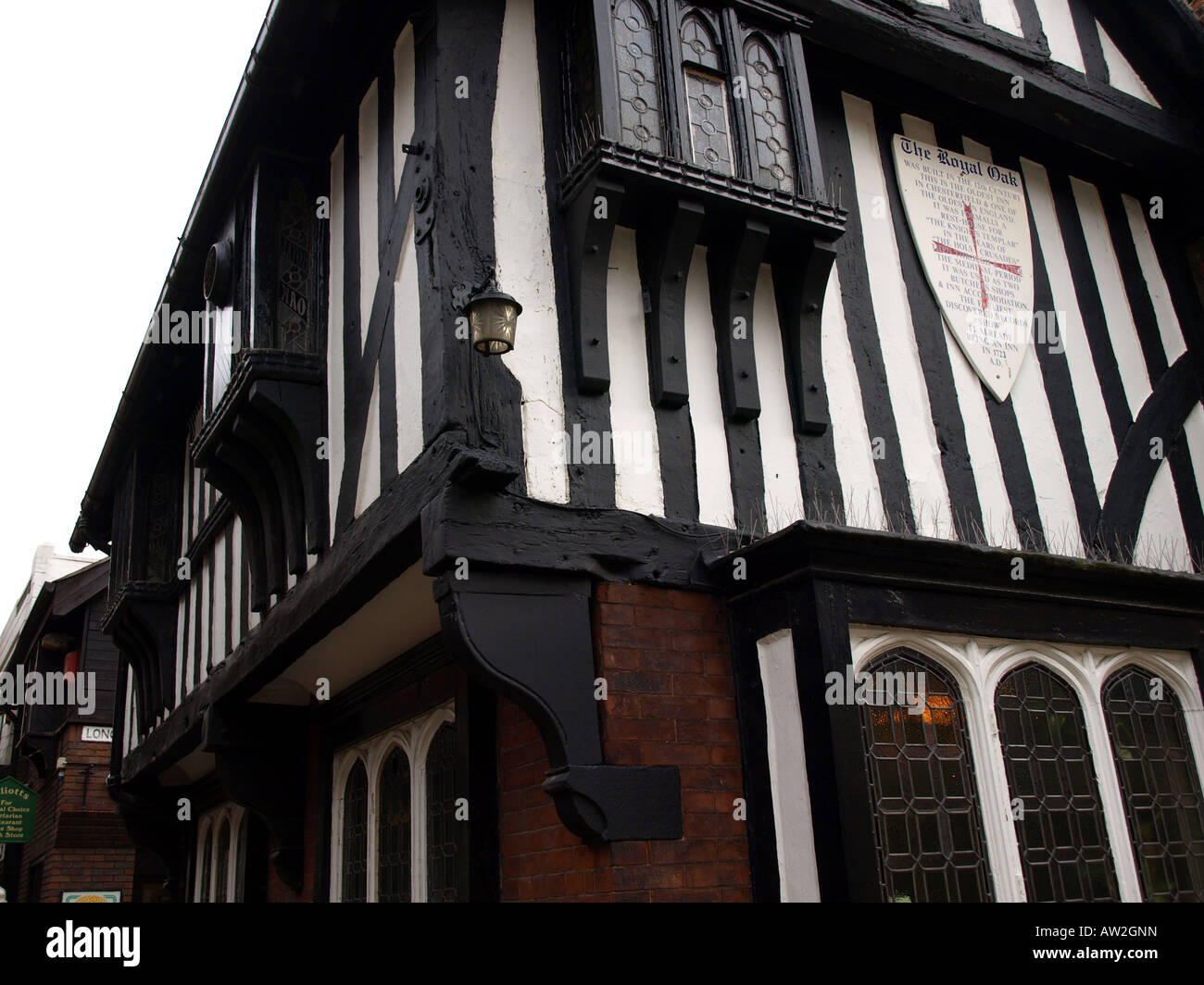 corner view of the royal oak in the shambles,chesterfield,derbyshire,uk.the oldest inn in chesterfield,one of the - Stock Image