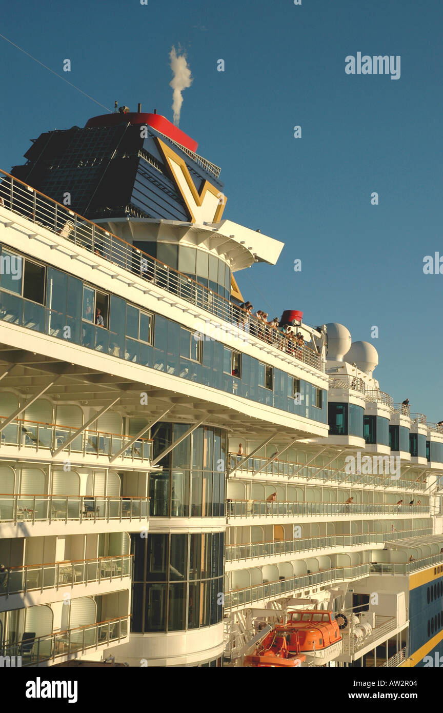 Cruise Ship Celebrity Cruise Lines Infinity People