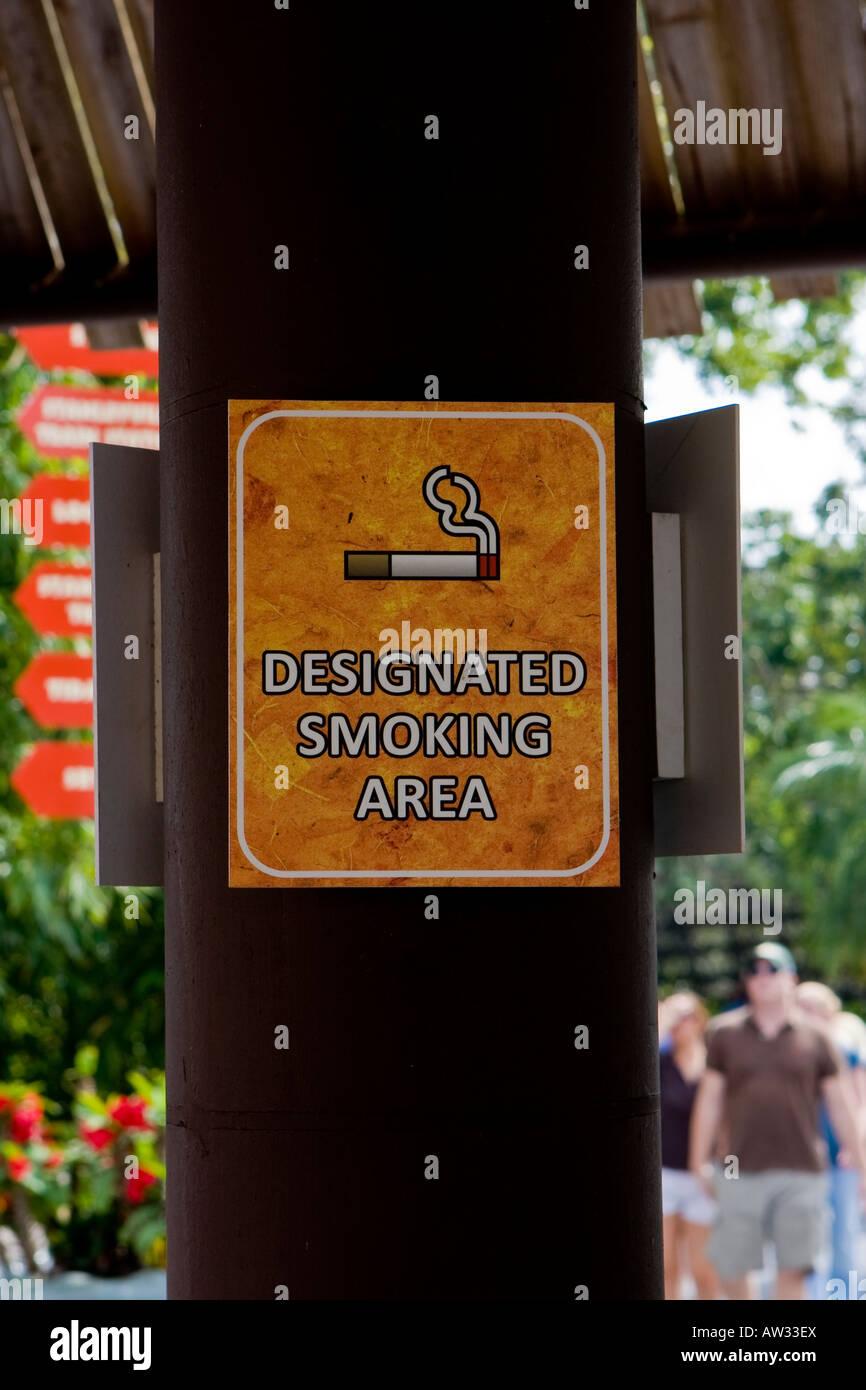 Designated smoking area sign - Stock Image