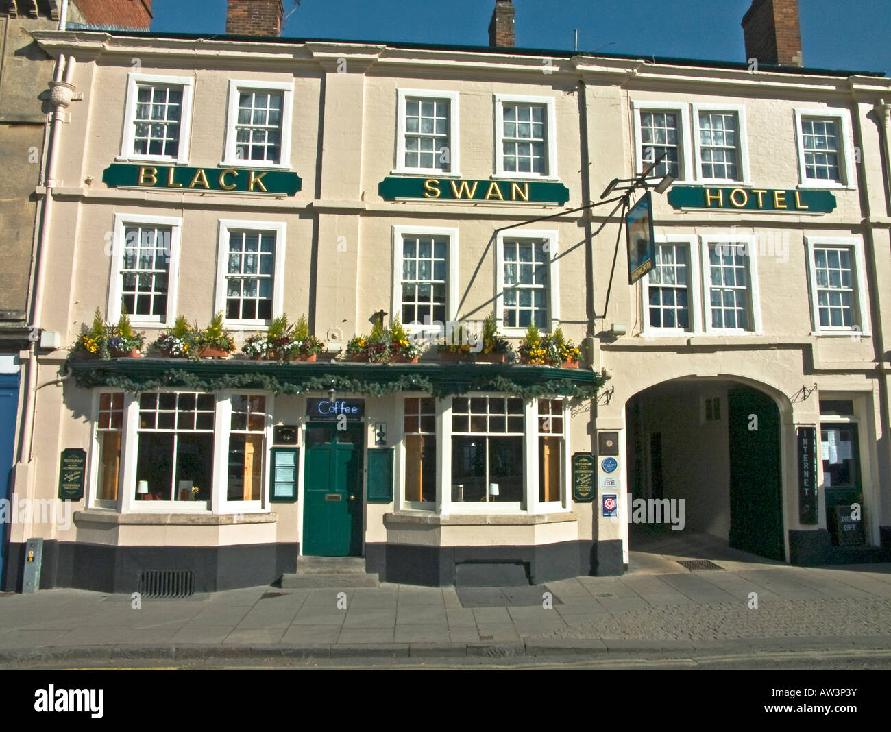 Black Swan Hotel a former coaching inn in Devizes Wilts England UK EU - Stock Image