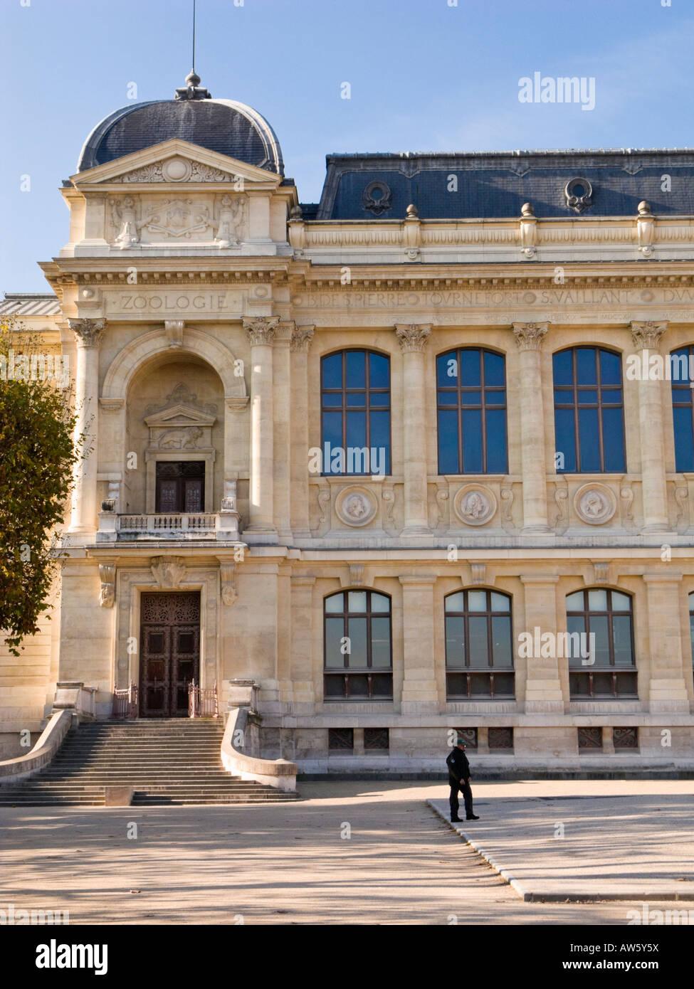 Jardin des Plantes, Paris - Le Grande Galerie de L'Evolution at the Museum National d'Histoire Naturelle - Stock Image