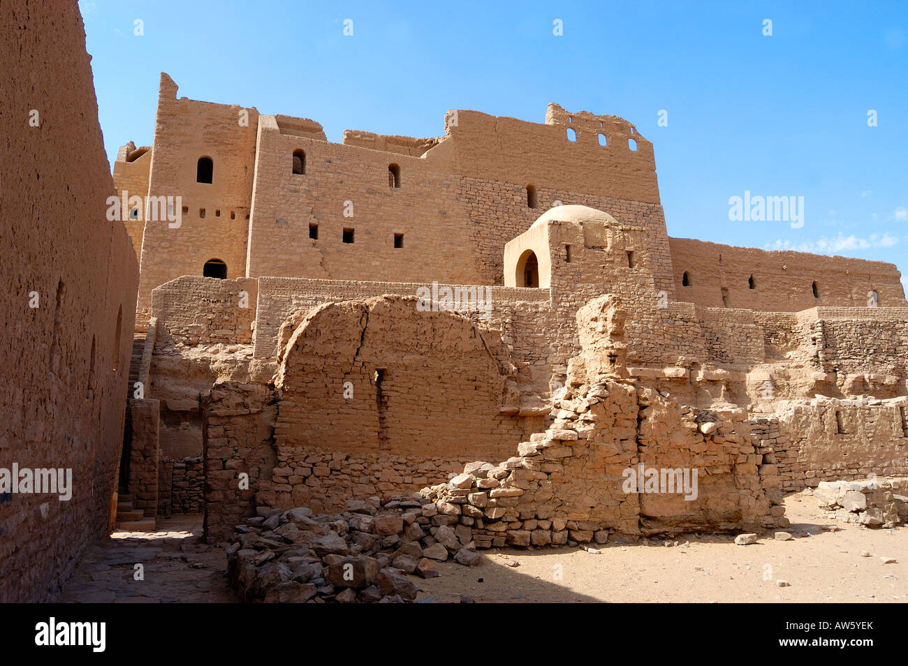 The ruins of the Monastery of St Simeon towards  the   river Nile at  Aswan  Egypt - Stock Image