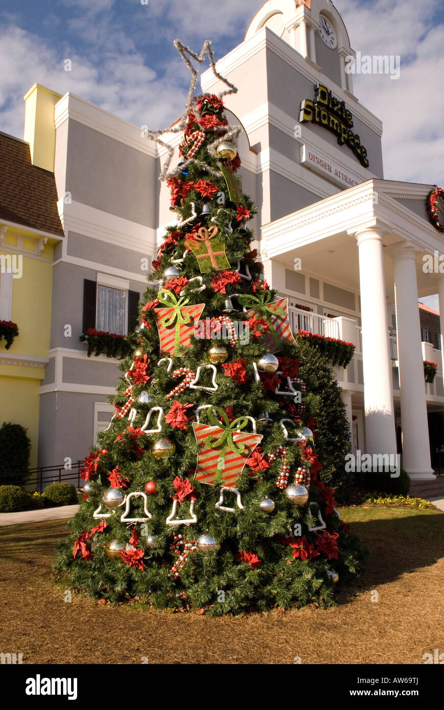 dixie stampede theater building decorated for holidays myrtle beach south carolina usa stock image
