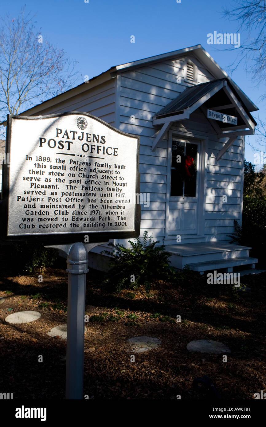 Patjens Post Office Mount Pleasant SC December 31 2007 - Stock Image