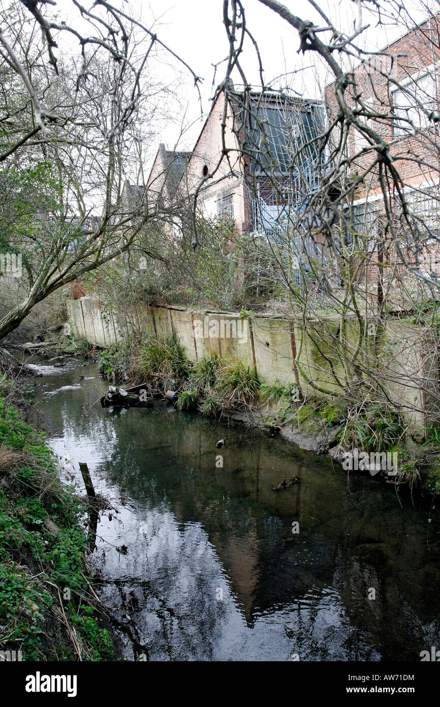The River Pool below Worsley Bridge in Lower Sydenham, London - Stock Image