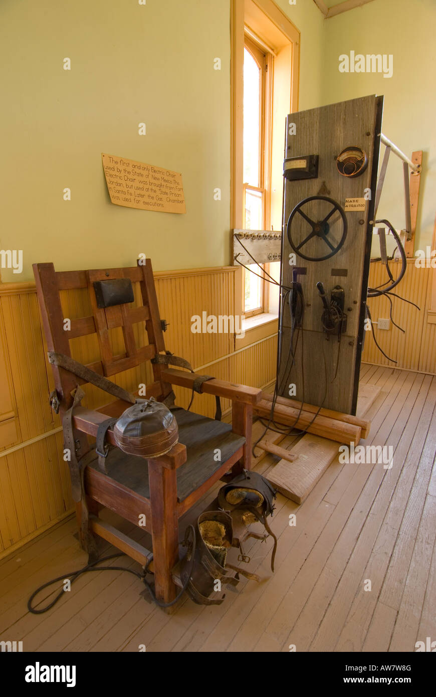 u0027Old Sparkyu0027 is the electric chair that was used in New Mexico - Stock u0027 & Electric Chair Execution Stock Photos u0026 Electric Chair Execution ...