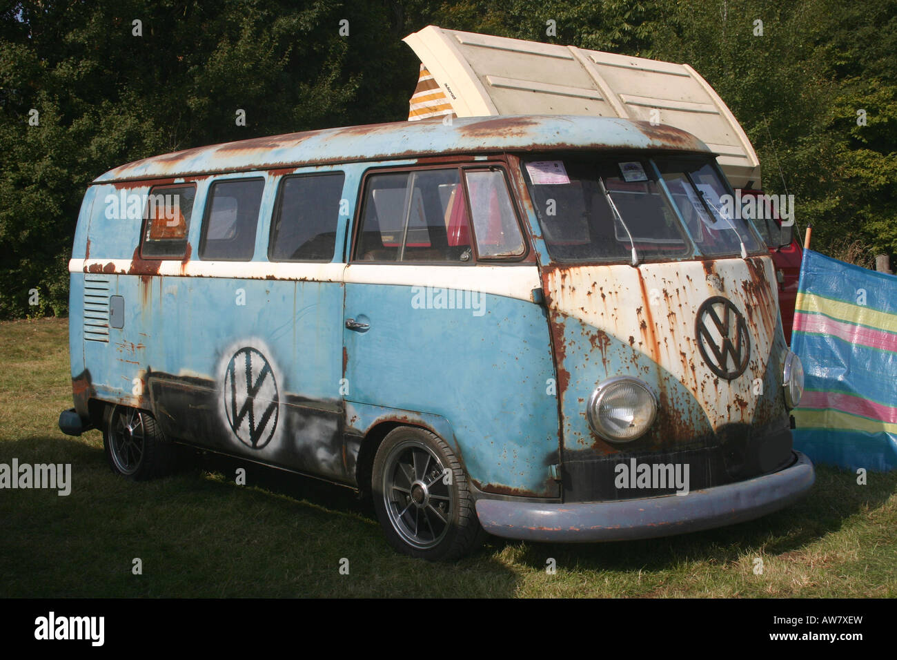 volkswagen camper van transporter bus is a utility vehicle. Black Bedroom Furniture Sets. Home Design Ideas
