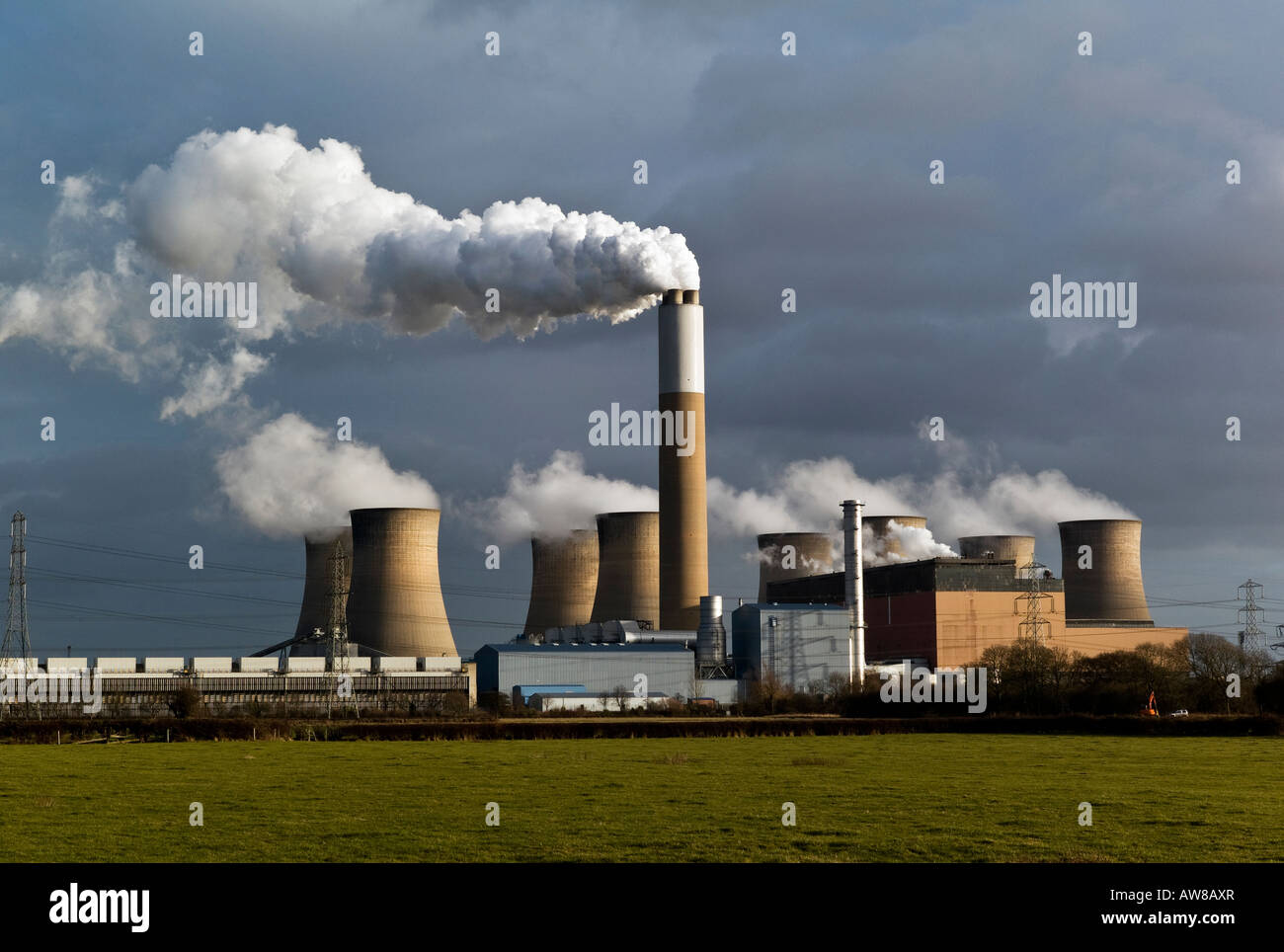 Image of Cottam Power Station - Stock Image