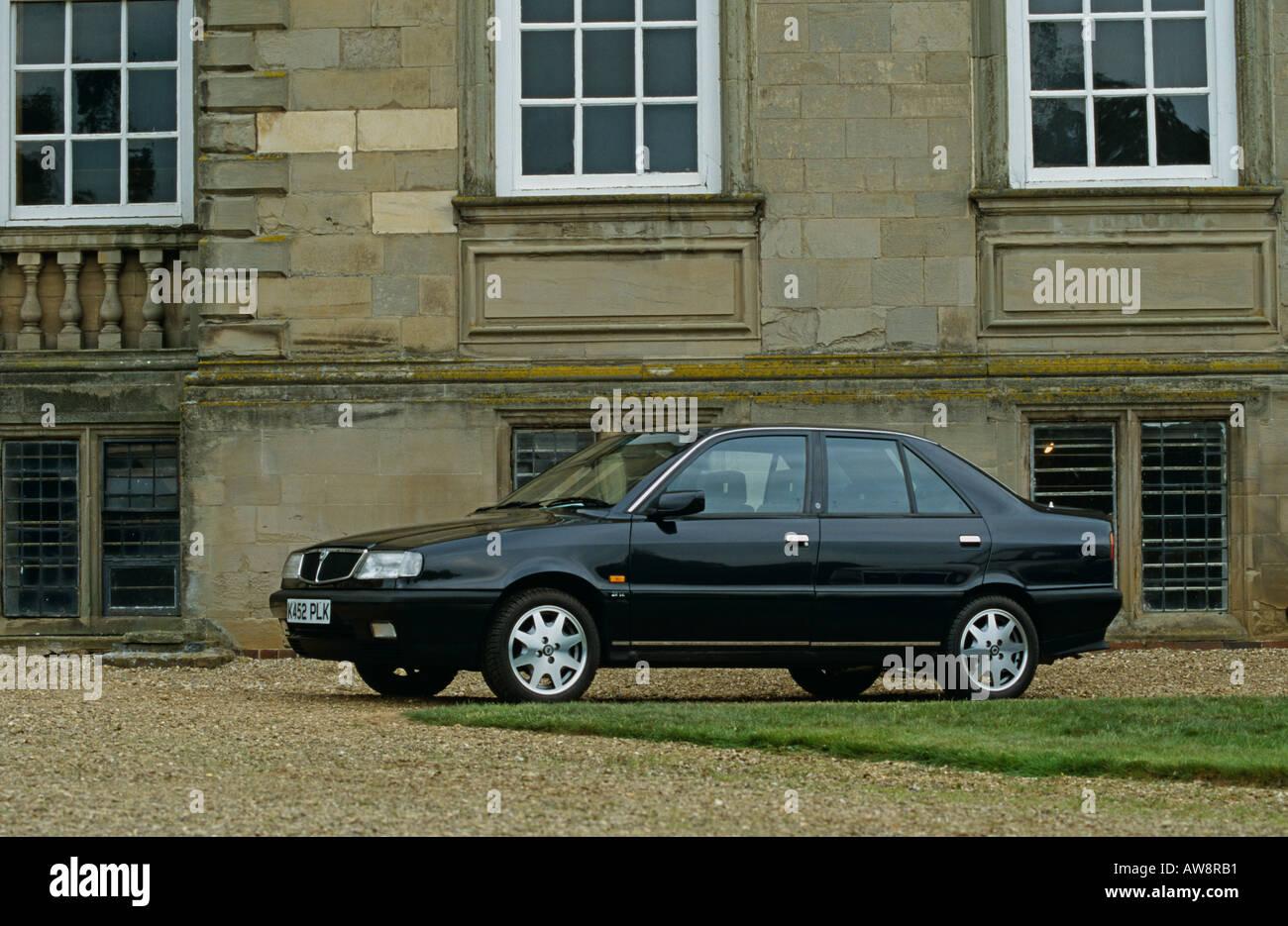 lancia dedra 2 litre ie dedra 1989 to 1999 stock photo: 5388208 - alamy