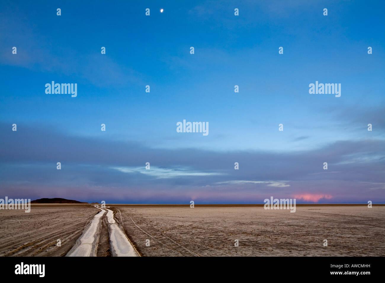 Evening vibe at salt lake Salar de Uyuni, Altiplano, Bolivia, South America - Stock Image