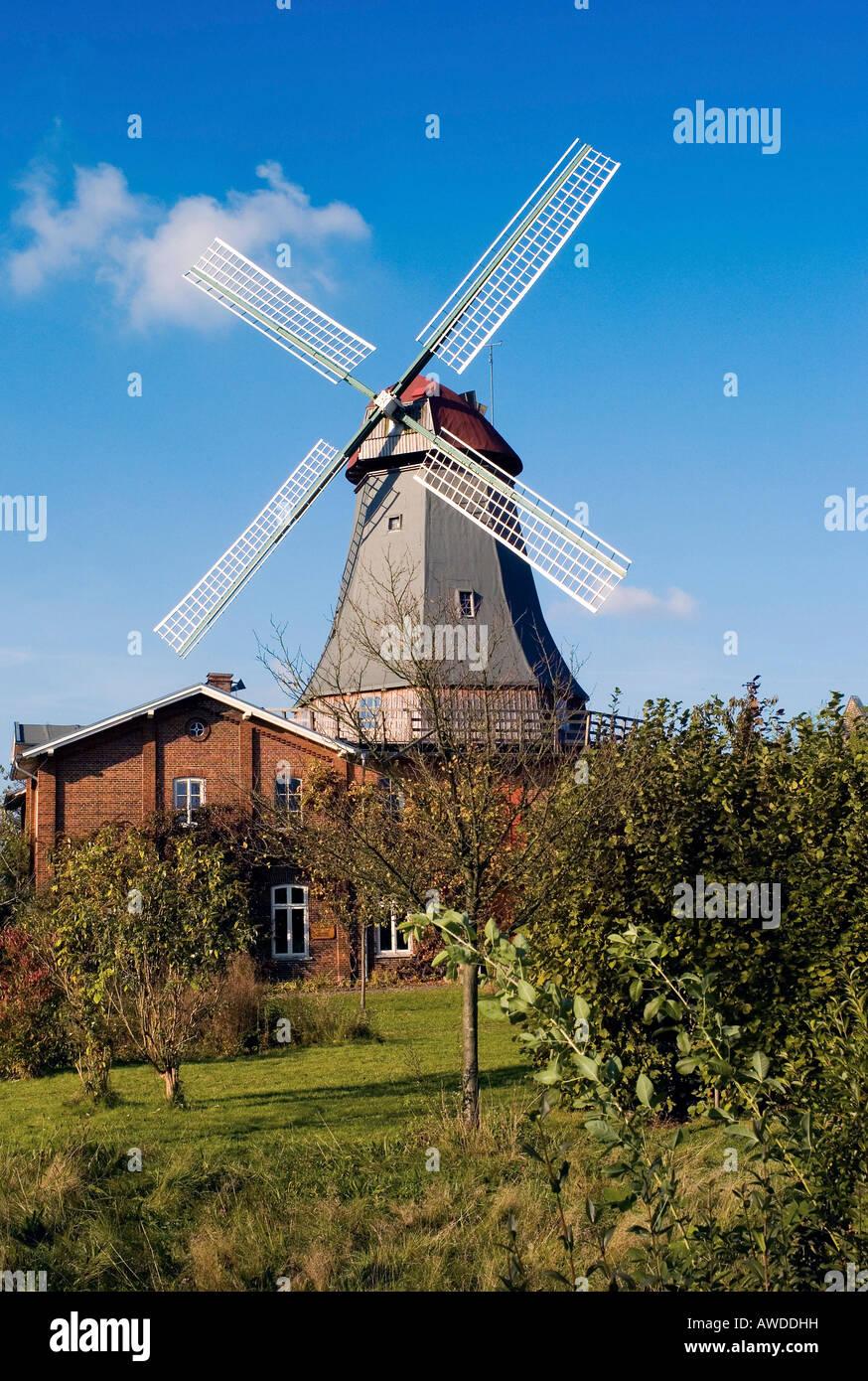 Windmill, Osterholz-Scharmbeck, Lower Saxony, Germany - Stock Image
