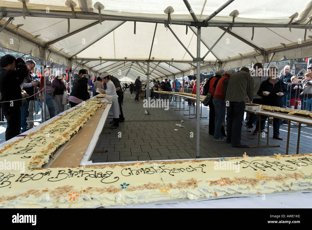 A 150 Metre Long Birthday Cake Celebrating Christchurchs 150 Years