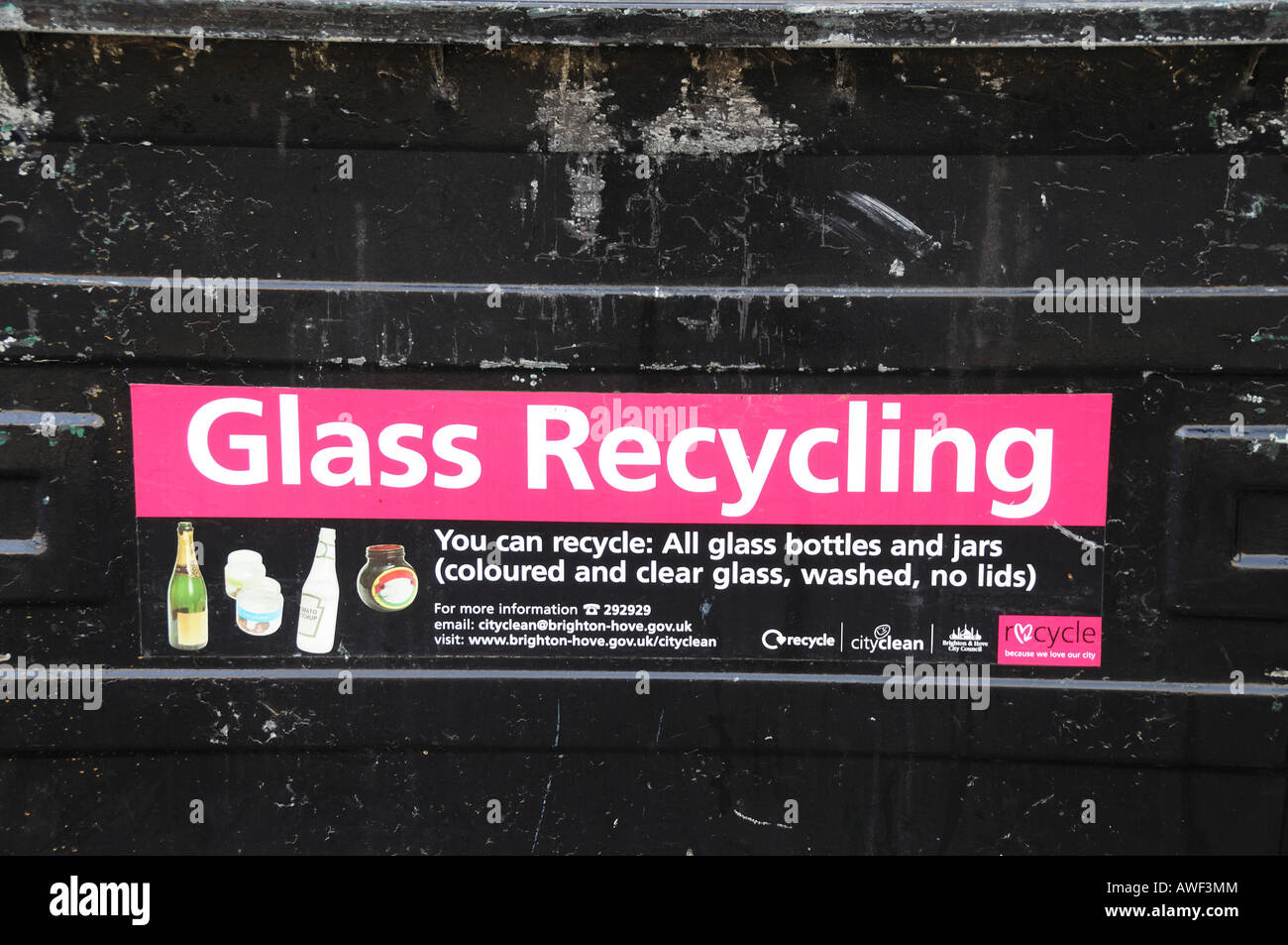 Close up of Glass Recycling Logo on a black recycling bin, England - Stock Image