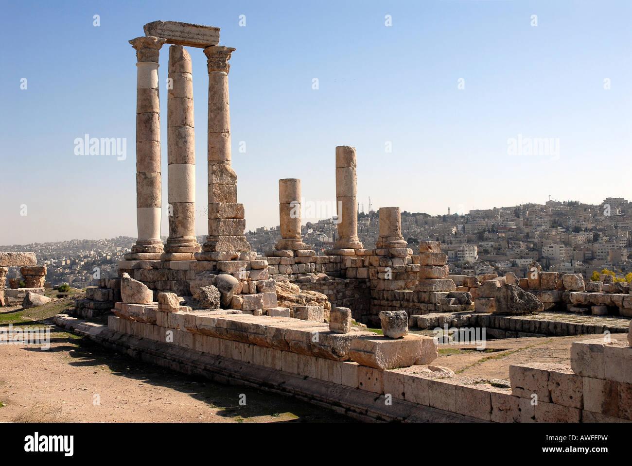 Ruins of the Roman Temple of Hercules, Jebel al-Qala, Amman, Jordan Stock Photo