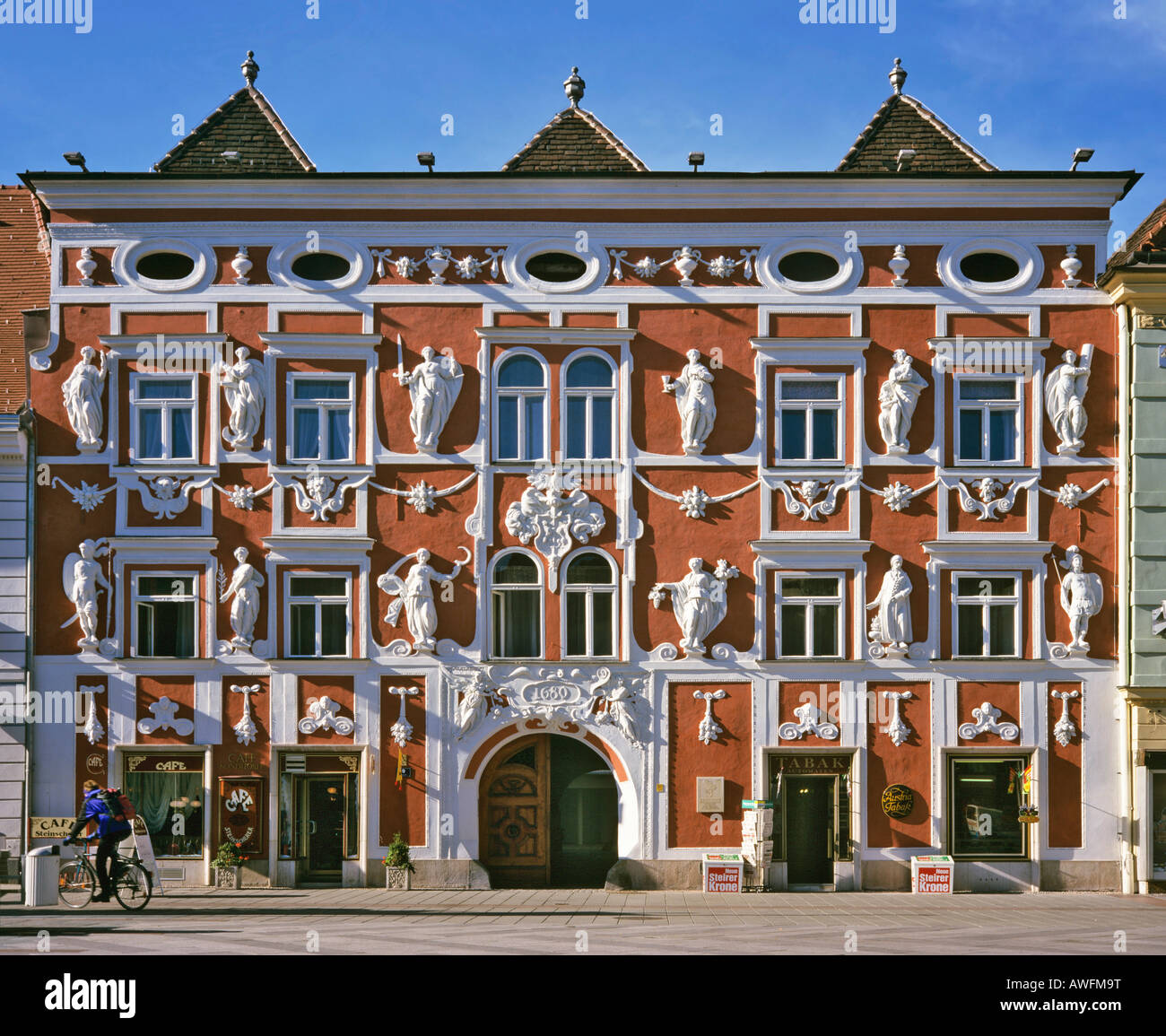 Stucco facade dating to 1680, Hacklhaus building on the main square in Leoben, Styria, Austria, Europe - Stock Image