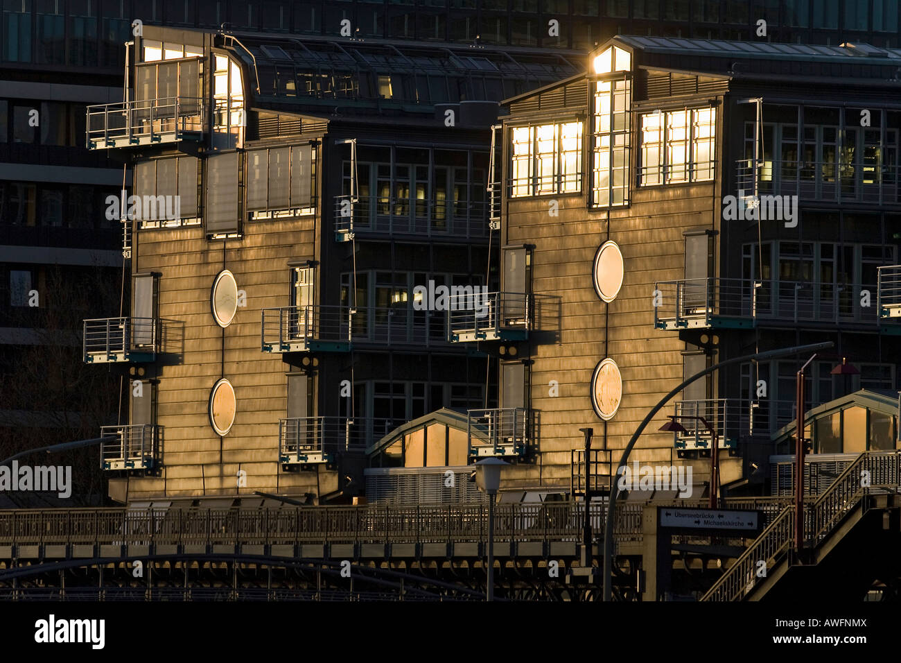 Modern publishing house of the Gruner and Jahr Verlag in Hamburg in evening light - Hamburg harbour, Germany, Europe - Stock Image