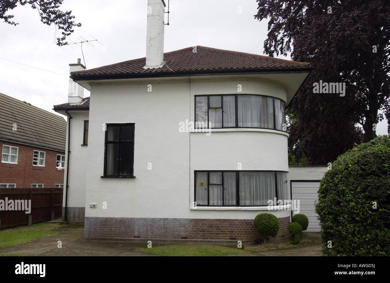 art deco house in letchworth herts uk stock photo 16575053 alamy