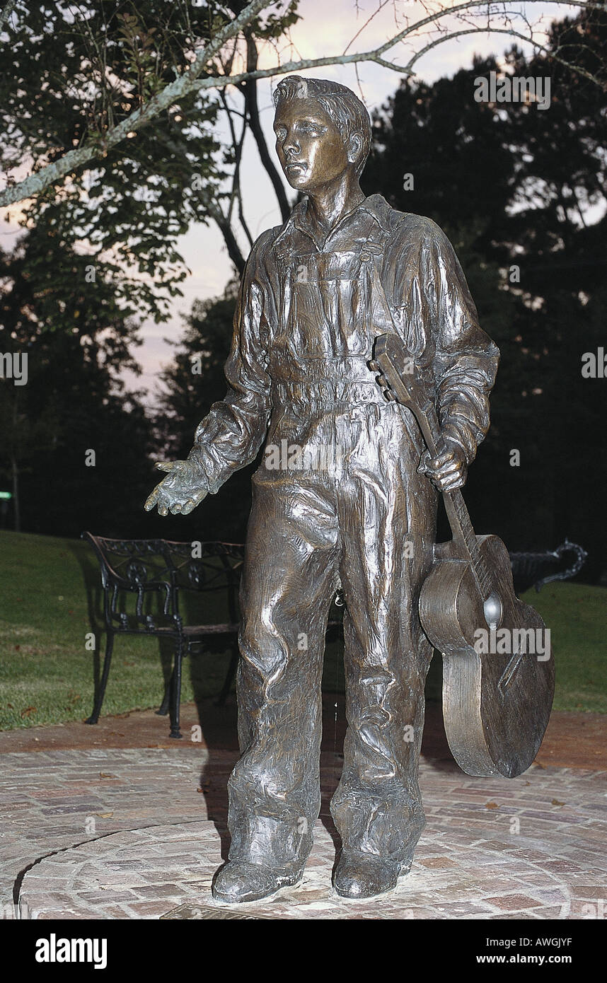 USA, Mississippi, Tupelo, Elvis Presley Birthplace, statue of Young Elvis at 13, by sculptor Michiel Van der Sommen - Stock Image